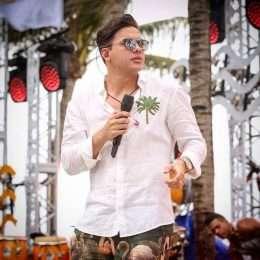 """Wesley Safadão atinge marca de 1,7 milhão de downloads do """"Promocional 2017.2"""""""